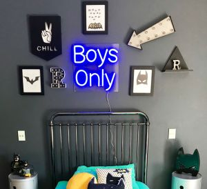 * Boys Only *Neon Light for Kid's Bedroom! Keep the girls out with this cool neon sign for your son's bedroom. - photo from CustomNeon.com
